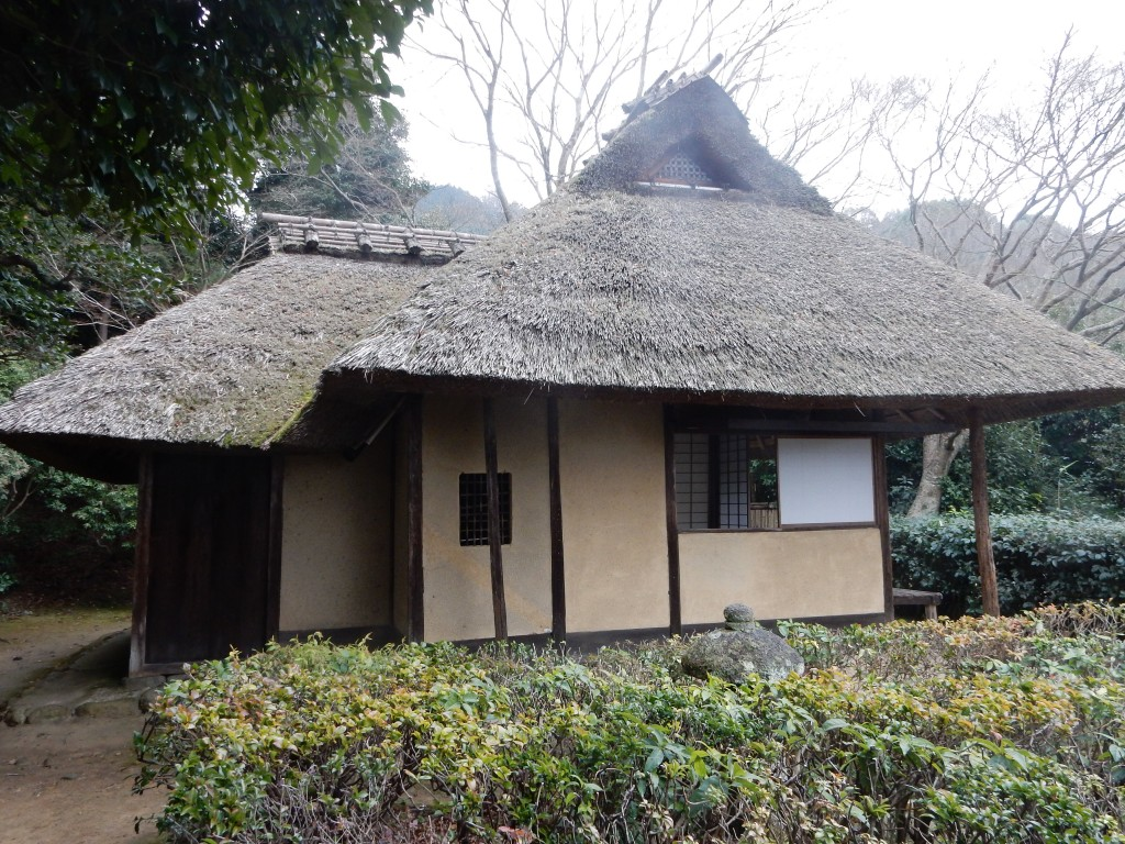 The Basho-an that Buson put up on the site where Basho stayed. Buson held literary events at the teahouse, including linked verse collaborations.